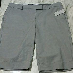 Old Navy gray new bermuda shorts size 6